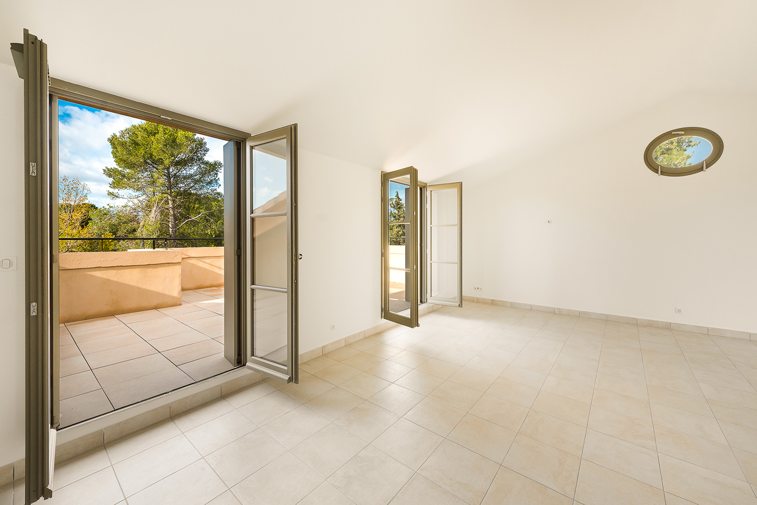C12_photo-02_Terrasses-du-Paradis_achat-appartement-Uzès-Gard-Sud-de-la-France